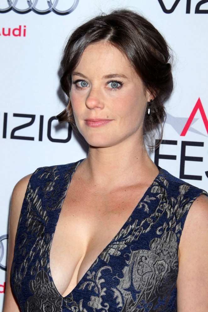 """Ashley Williams at Premiere """"A Most Violent Year"""" in Los Angeles"""