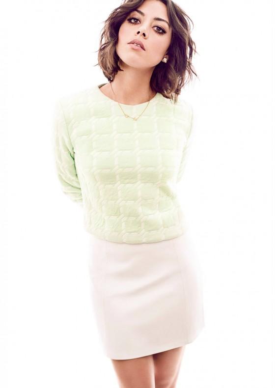 Aubrey Plaza: Glow Magazine -04