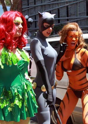 Audrina Patridge and Adrianne Curry - Cosplay Comic-Con 2014-21