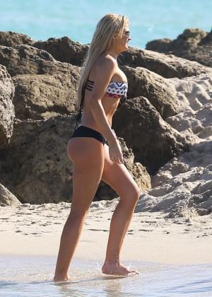 Autumn Brooke: Bikini Candids in Miami -17