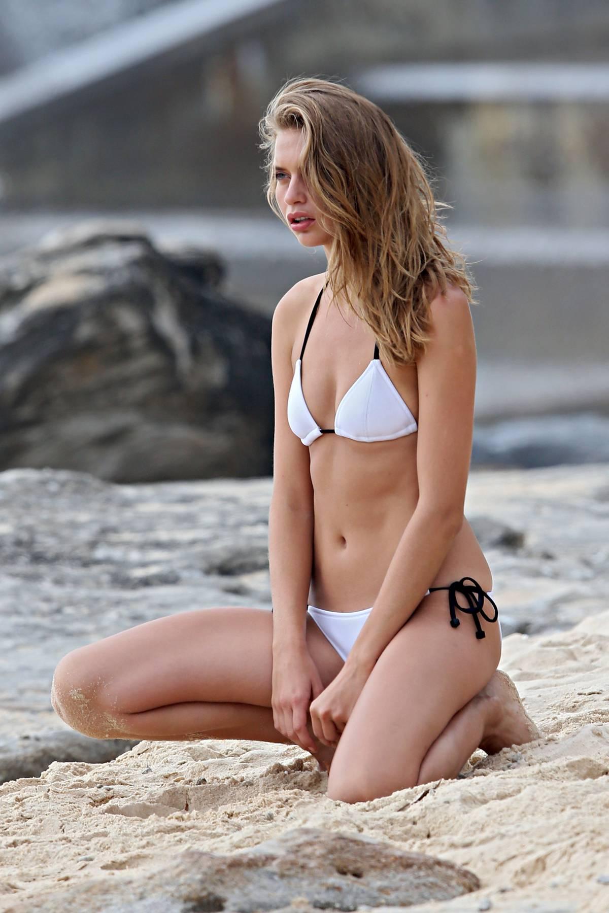 Avril Alexander Bikini Photos: 2014 in Sydney -10