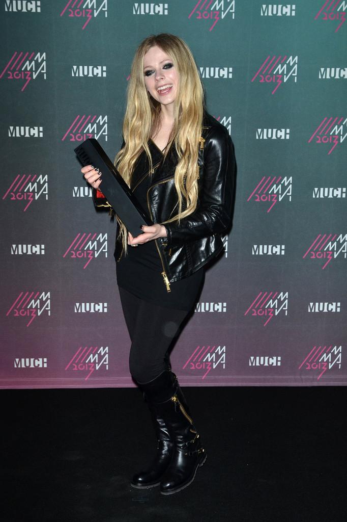Avril Lavigne - 2013 MuchMusic Video Awards in Toronto -10 - GotCeleb