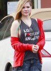 Avril Lavigne at Bed Bath & Beyond in Los Angeles