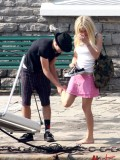 avril-lavigne-honeymoon-photos-in-portofino-21
