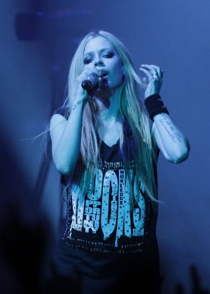Avril Lavigne - Performing at Olympic Hall in Seoul -03