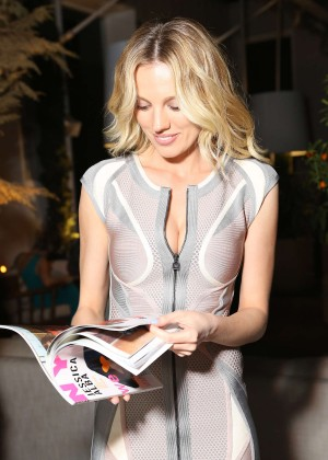 Bar Paly: NYLON Cover Party -02