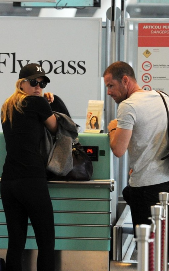 Bar Refaeli Tight Spandex Candids – Airport – Italy-03