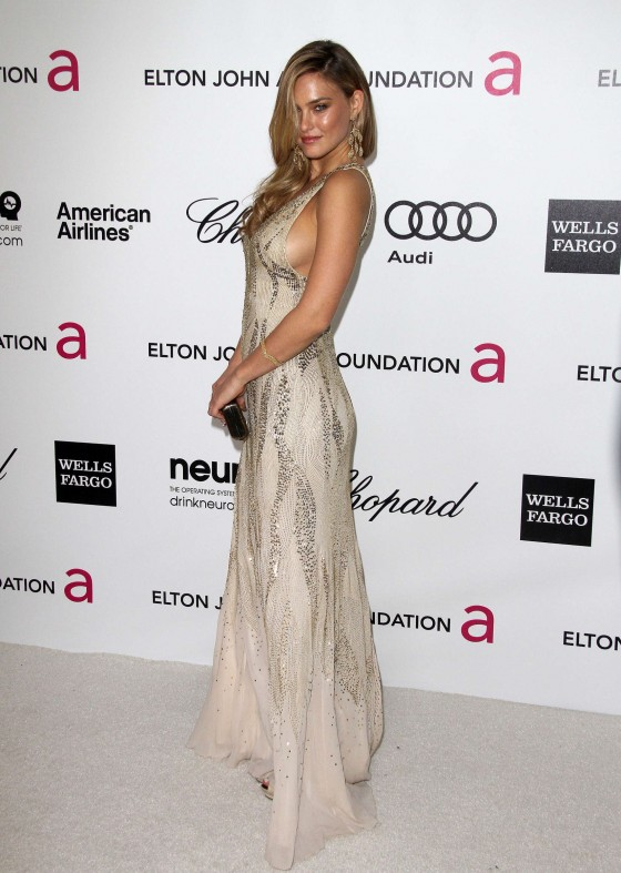 Bar Refaeli – Oscar 2012 – Vanity Fair Party