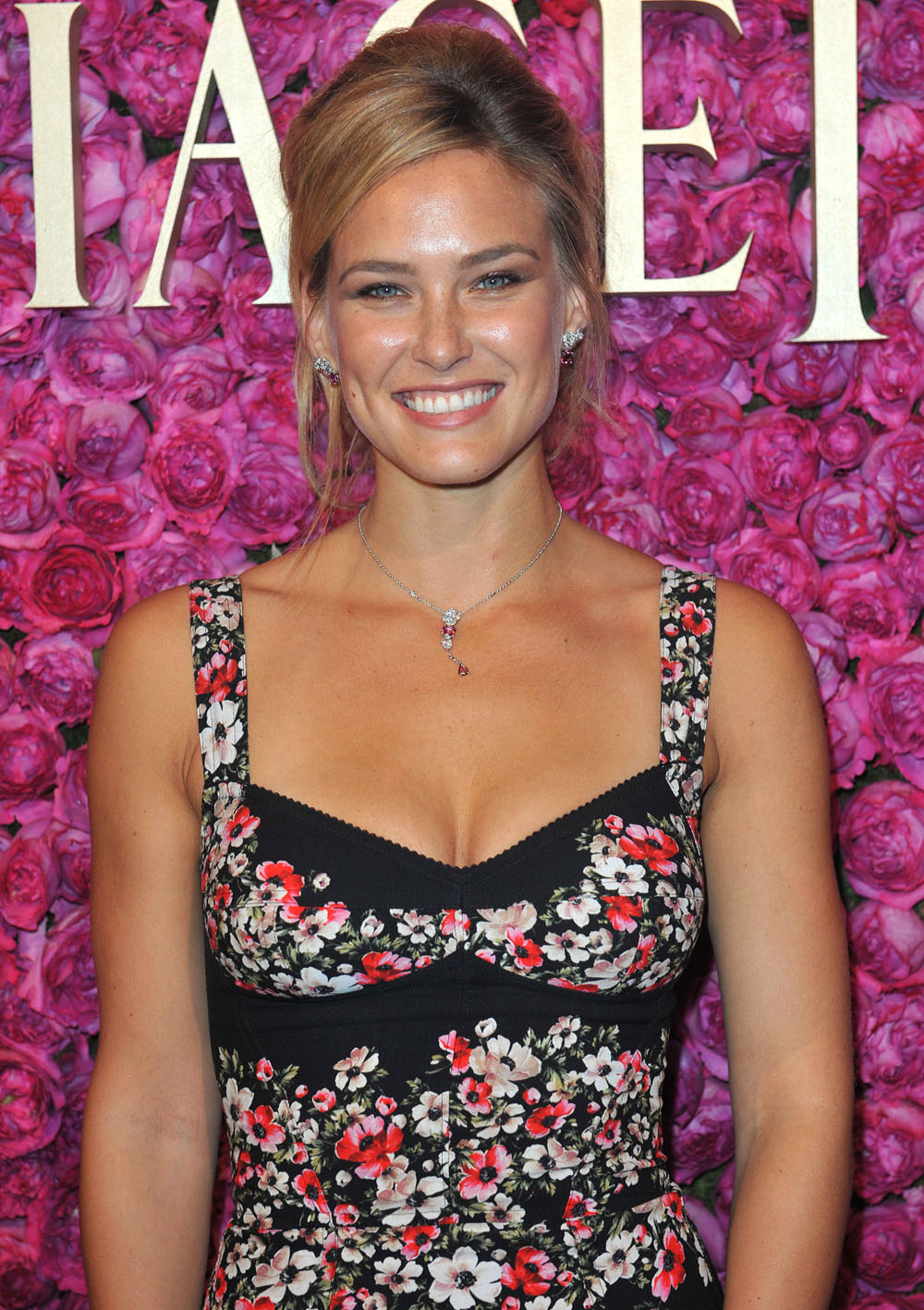 Bar-Refaeli-Hot-In-Floral-Dress-at-Piage
