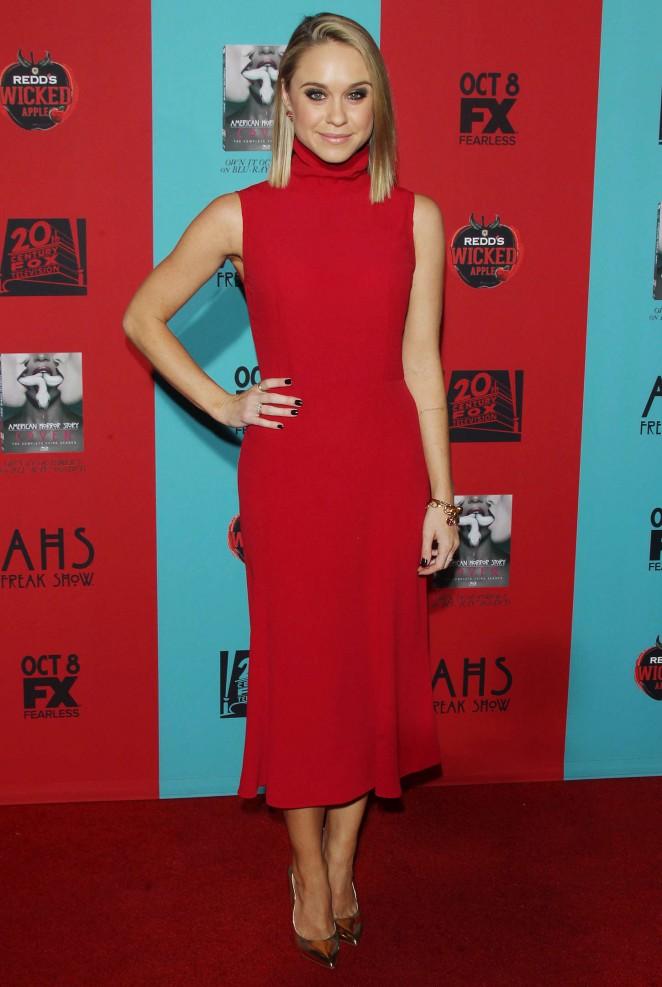 Becca Tobin – American Horror Story Freak Show Premiere in Hollywood