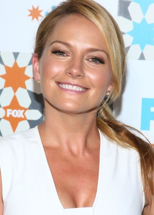 Becki Newton at 2014 Fox Summer TCA All-Star party in West Hollywood