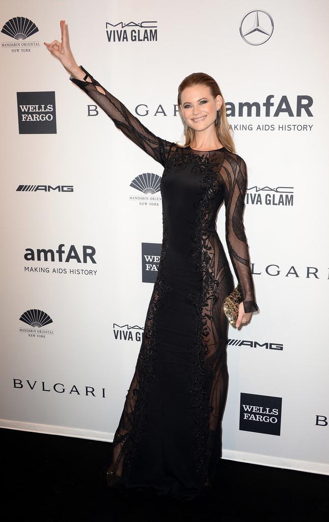 Behati Prinsloo: 2014 amfAR New York Gala -05