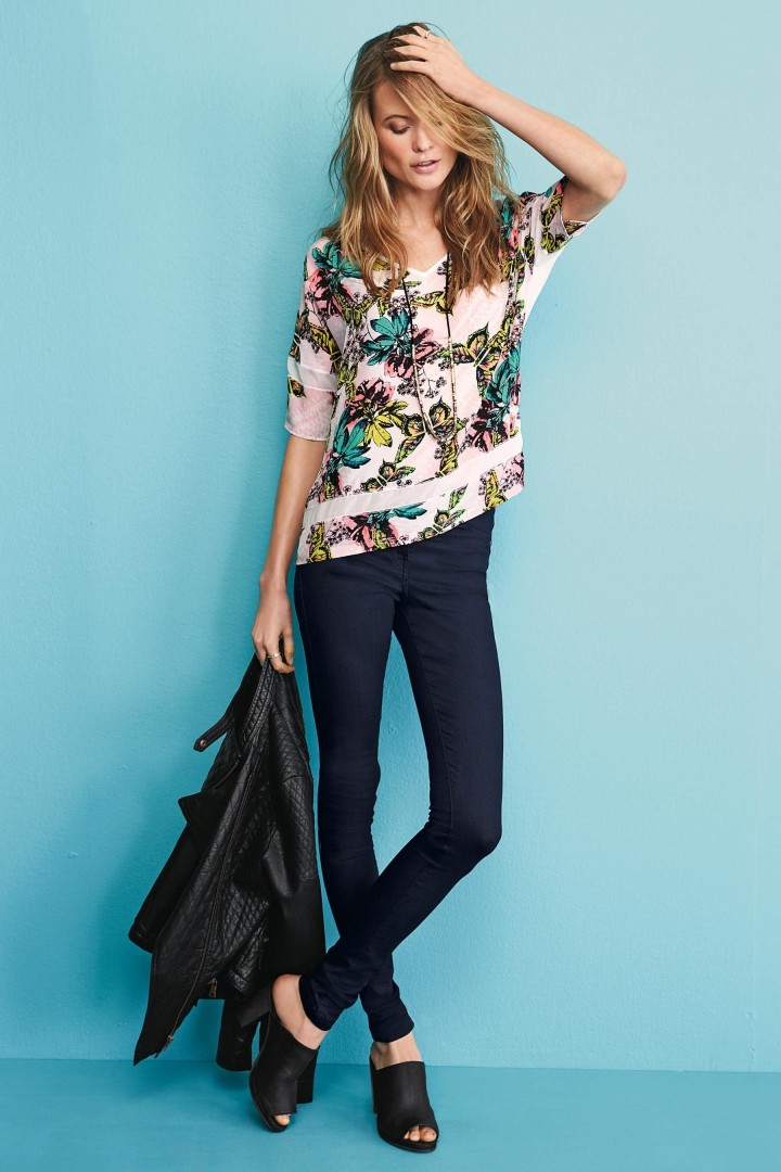 Behati Prinsloo: Next Collection 2014 -27