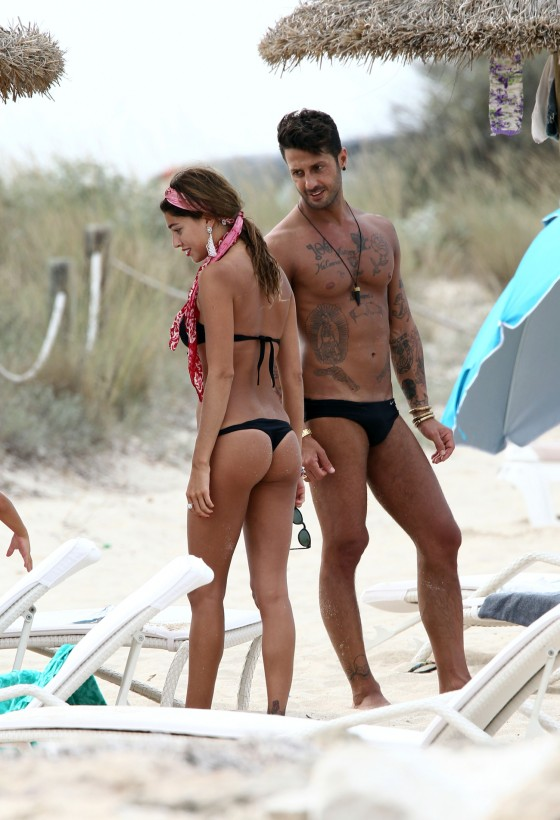 Belen Rodriguez – Hot Bikini Candids in Spain-14