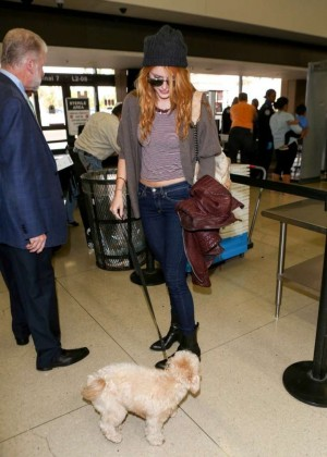 Bella Thorne in jeans at LAX -02