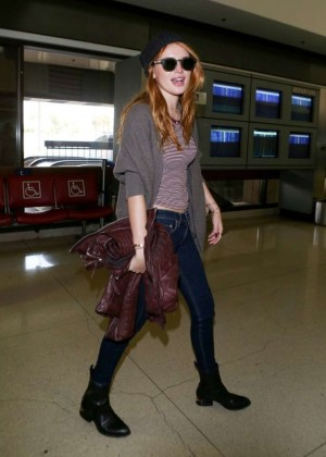 Bella Thorne in jeans at LAX -07