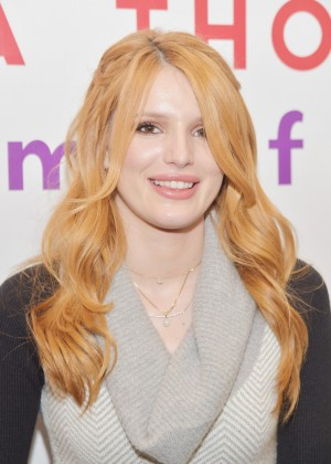 "Bella Thorne - ""Autumn Falls"" Book Signing in NYC"