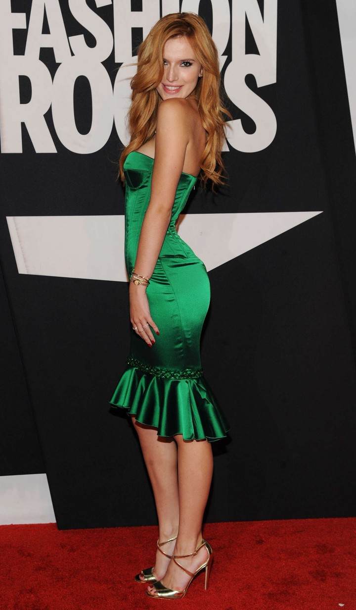 Bella Thorne Hot in Green Dress at Fashion Rocks 2014 at the Barclays Center of Brooklyn