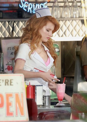 Bella Thorne: Filming her new music video -08