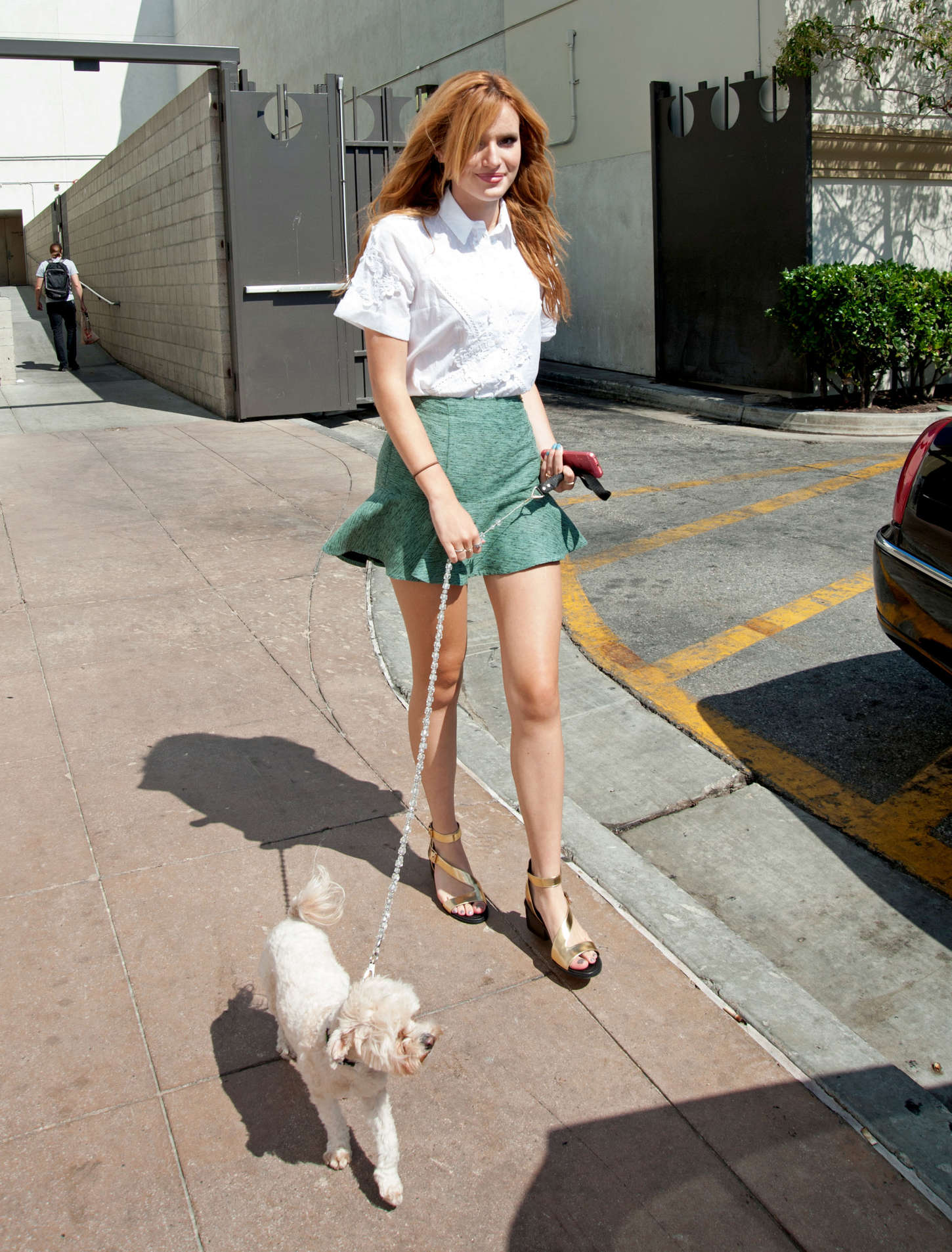 bella thorne in green mini skirt 31 gotceleb. Black Bedroom Furniture Sets. Home Design Ideas