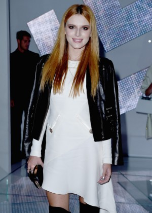 Bella Thorne - Versace fashion show in Milan