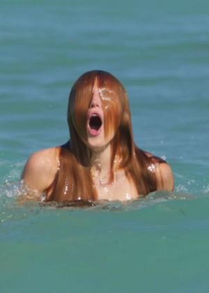 Bella Thorne Hot Bikini Photos -14