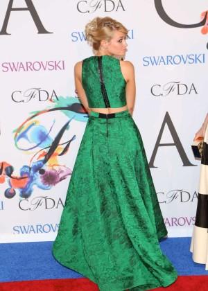 Beth Behrs: 2014 CFDA Fashion Awards -03