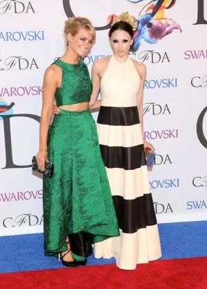 Beth Behrs: 2014 CFDA Fashion Awards -04