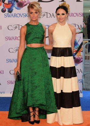 Beth Behrs: 2014 CFDA Fashion Awards -05
