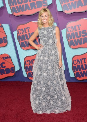 Beth Behrs - 2014 CMT Music Awards in Nashville -02