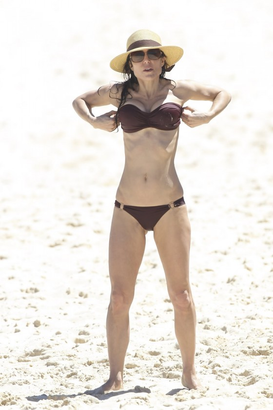 Bethenny Frankel 2013 : Bethenny Frankel in Bikini on vacation in Australia -10