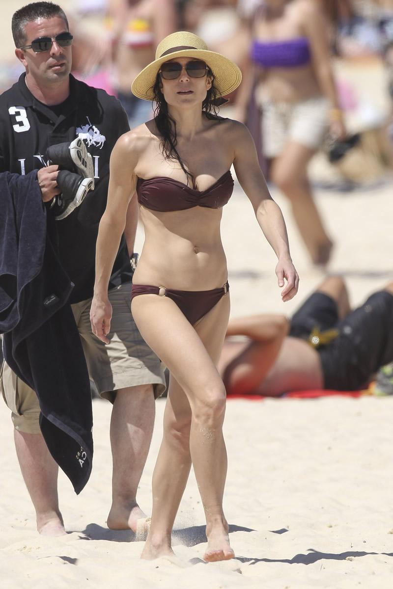 Bethenny Frankel 2013 : Bethenny Frankel in Bikini on vacation in Australia -16