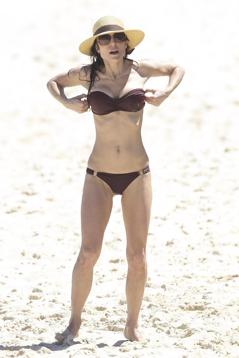 Bethenny Frankel 2013 : Bethenny Frankel in Bikini on vacation in Australia -18