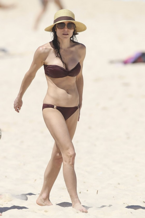 Bethenny Frankel 2013 : Bethenny Frankel in Bikini on vacation in Australia -25