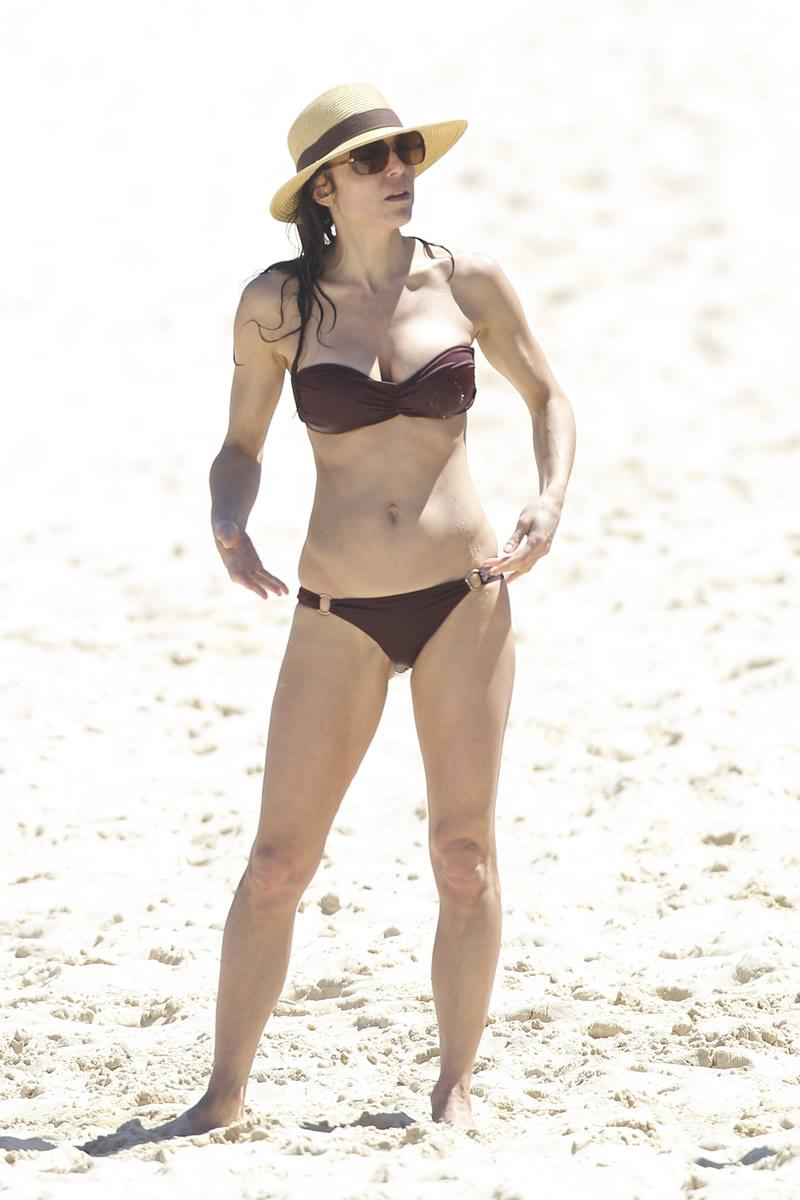 Bethenny Frankel 2013 : Bethenny Frankel in Bikini on vacation in Australia -27