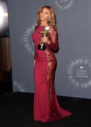 Beyonce: 2014 MTV Video Music Awards -09