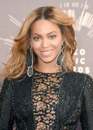 Beyonce: 2014 MTV Video Music Awards -15