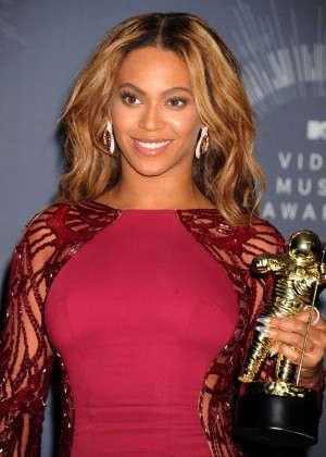 Beyonce: 2014 MTV Video Music Awards -26
