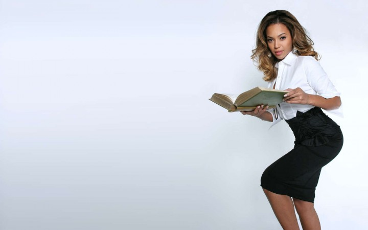 Beyonce 30 Hot Wallpapers -03