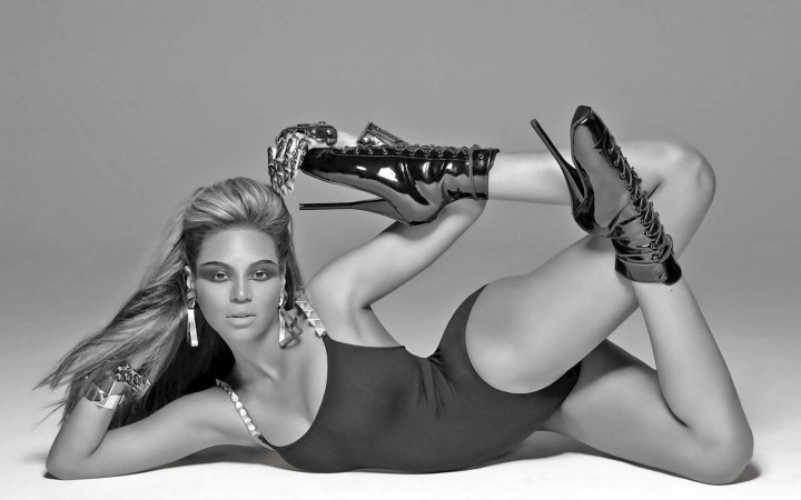 Beyonce 30 Hot Wallpapers -07