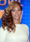 Beyonce at Super Bowl 2013 Halftime Show Press Conference -14