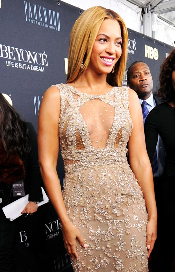 Beyonce Knowles at Beyonce – Life Is But A Dream-08