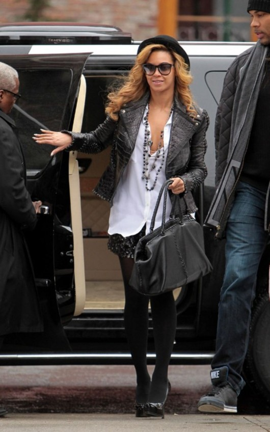 beyonce-knowles-candids-in-nyc-01