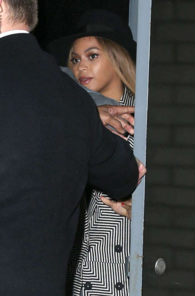 "Beyonce Knowles - Leaving ""Annie"" Premiere in NY"