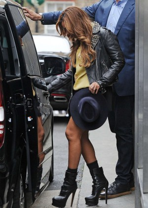 Beyonce in Mini Skirt Leaving BHS Headquarters in London