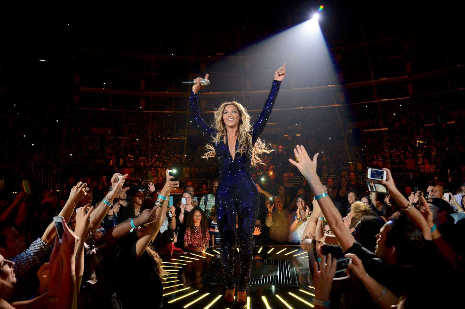 Beyonce Live In Los Angeles 20 Gotceleb