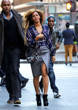 Beyonce in Leather Skirt Out in NYC