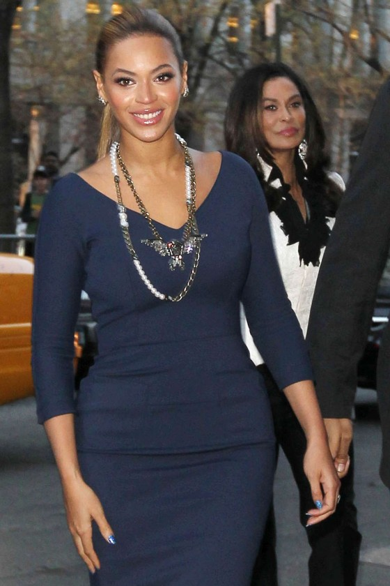Beyonce hot in blue dress in New York-10