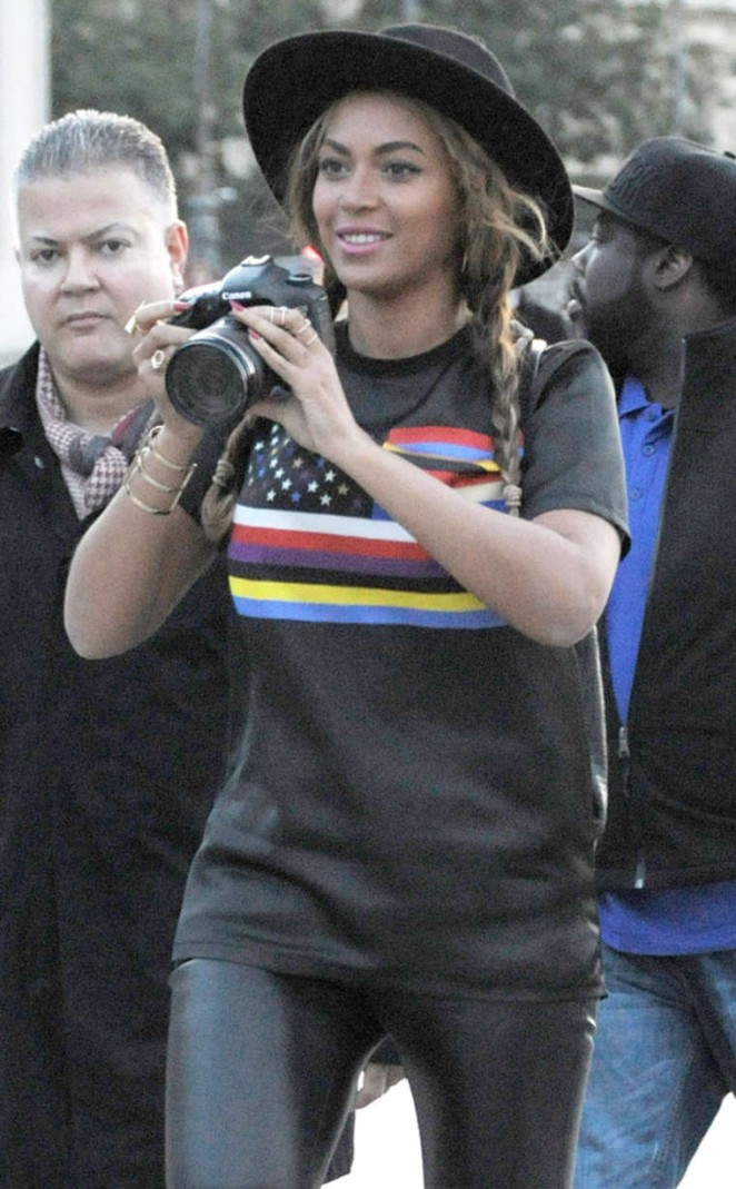 Beyoncein Leather Pants out In Paris
