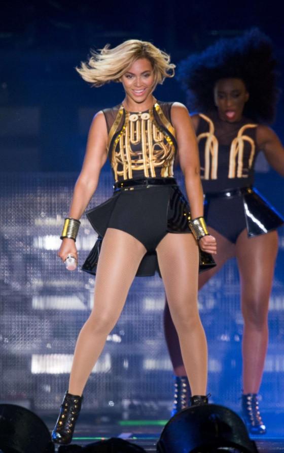 Beyonce Photos: V Festival 2013 in England -03